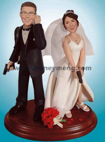 Custom Wedding Figurines With Guns Mr Mrs Smith - Click Image to Close
